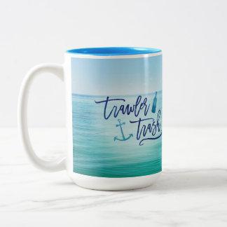 Basura del barco rastreador - (éste pudo ser el taza de café de dos colores
