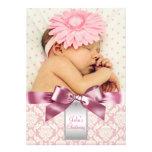 Bautizo de marfil y rosado de la foto de la niña d invitacion personal