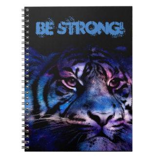 Be Strong. Cuaderno