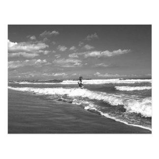 Beatrix at tarjeta postal the beach -