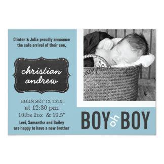 Bebé azul moderno del muchacho oh nuevo invitación 12,7 x 17,8 cm