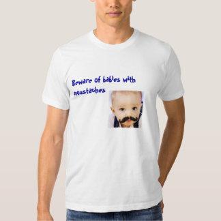 Bebé con el bigote camisetas