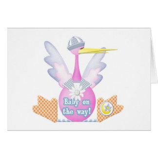Bebé de la cigüeña en la manera tarjeta de felicitación
