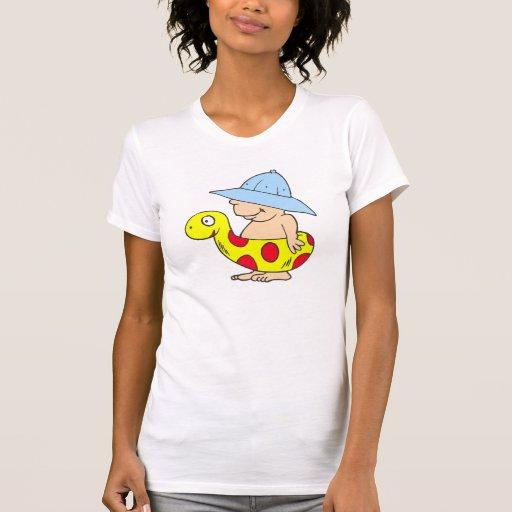 Bebé de la playa camiseta