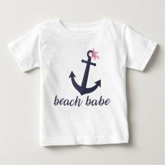 Bebé de la playa - la camisa de la niña. Ancla.
