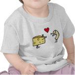 Bebé de los macarrones con queso camiseta
