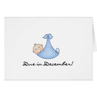 Bebé debido en diciembre tarjeta de felicitación