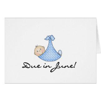Bebé debido en junio tarjeta de felicitación