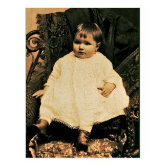 Bebé del Victorian en el cordón y el lino blancos Postal