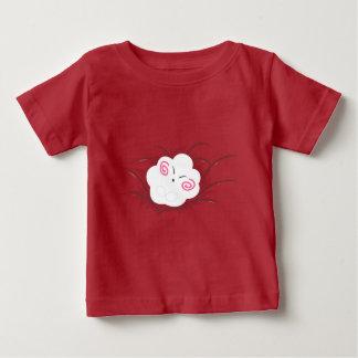 Bebé durmiente de la nube feliz de Wanda Camiseta