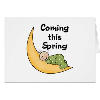 Bebé el la primavera de la luna tarjeton