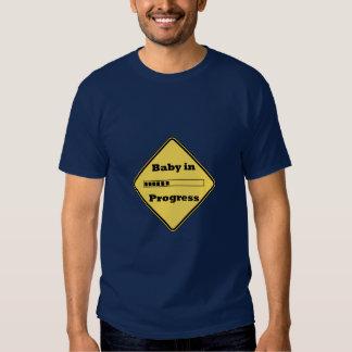 Bebé en curso camisas