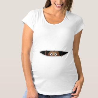 Bebé en la camiseta del embarazo de la manera