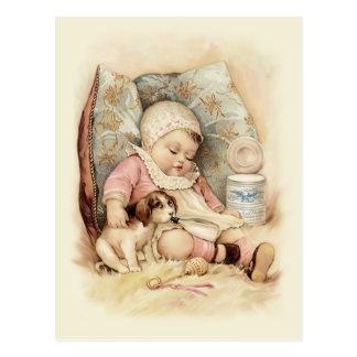 Bebé soñoliento postal