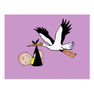 Bebé y cigüeña recién nacidos postal