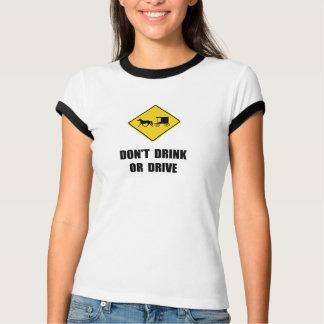 Bebida de Amish Camisetas