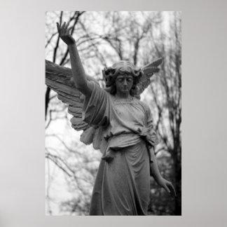 """""""Behold"""" el poster estatuario del arte del Victori"""