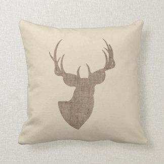 Beige y silueta de los ciervos de la arpillera de cojín decorativo