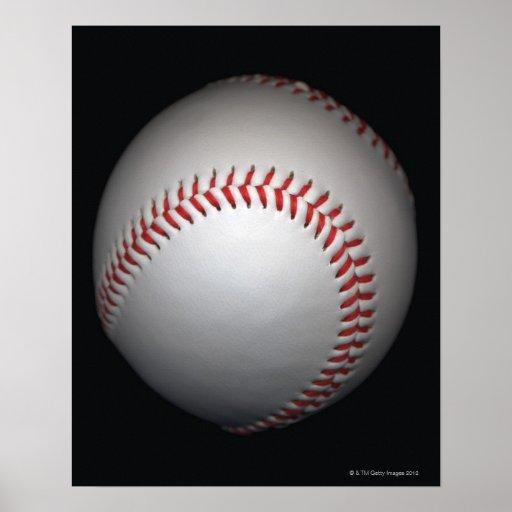 Béisbol en el fondo negro, primer impresiones