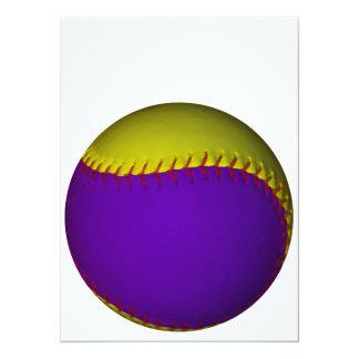 Béisbol púrpura y amarillo