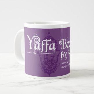 Belleza de Yaffa por la taza del jumbo del