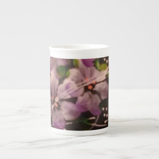 Belleza púrpura taza de porcelana