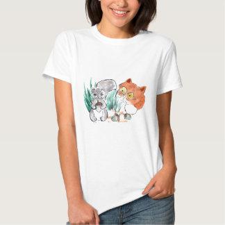 Bellotas, ardilla y un gatito curioso del tigre camiseta
