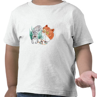Bellotas ardilla y un gatito curioso del tigre camiseta