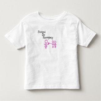 Bendecido por la camiseta del niño de la