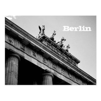 Berlín - Brandenburger portería Postal