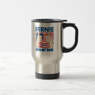 Bernie consigue mi campaña 2016 de las taza de viaje