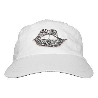 Béseme blanco del gorra del funcionamiento