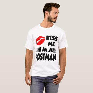 béseme que soy cartero camiseta