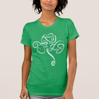 Béseme que soy irlandés camisas
