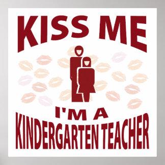 Béseme que soy maestro de jardín de infancia posters