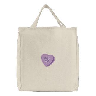 Béseme tote bordado corazón de la tarjeta del día  bolsa de lienzo