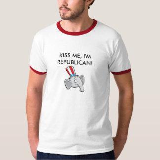 ¡BÉSEME, yo son REPUBLICANO! Camiseta