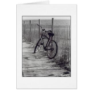 """""""Bici con tarjeta de felicitación del espacio en b"""