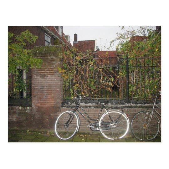 Bici de destello, de la colección fea de la postal