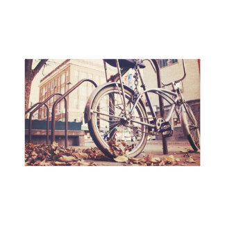 bicicleta lona estirada galerías