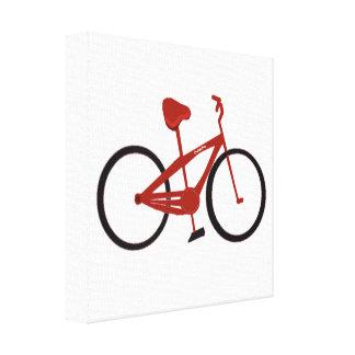 Bicicleta roja lona envuelta para galerías