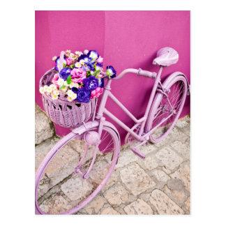 Bicicleta rosada postal