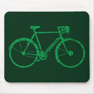 bicicleta verde. el biking fresco alfombrilla de ratón