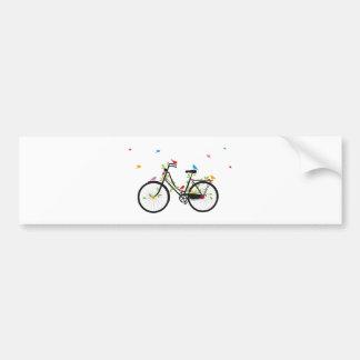 Bicicleta vieja del vintage con las flores y los p pegatina para coche