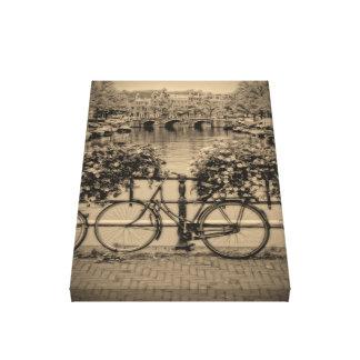 Bicicletas y canales - Amsterdam clásica Impresión En Lona