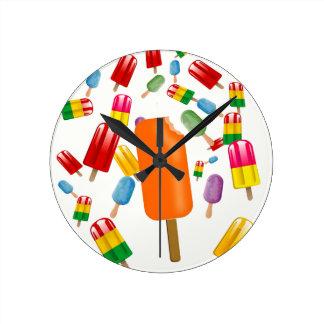 Big Popsicle Chaos by Ana Lopez Reloj Redondo Mediano