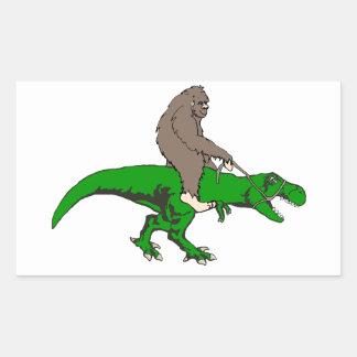 Bigfoot que monta T Rex Pegatina Rectangular