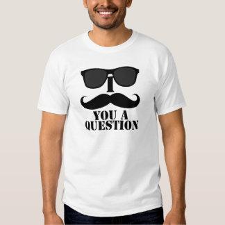 Bigote divertido de I usted lentes de sol negros Camisetas