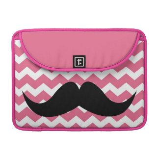 Bigote elegante lindo rosado del modelo de zigzag  fundas para macbook pro