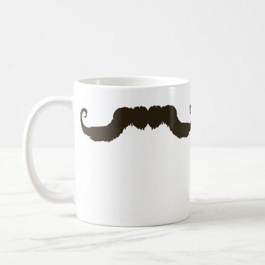 Bigote encrespado de hombres taza de café